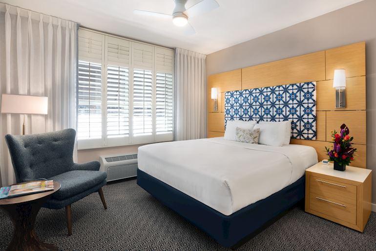 Rooms & Amenities at the Landon Miami Hotel, Bay Harbor Islands